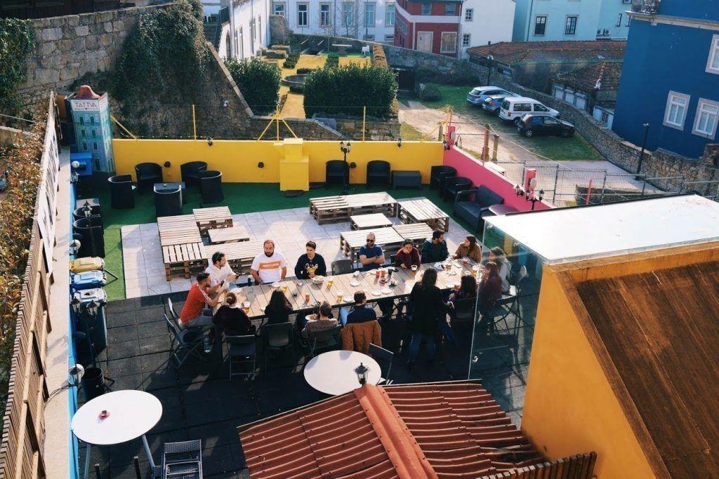 hostel-porto-roof