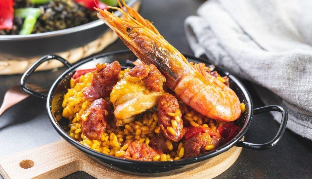 Mercado San Miguel best restaurants to eat paella in Madrid
