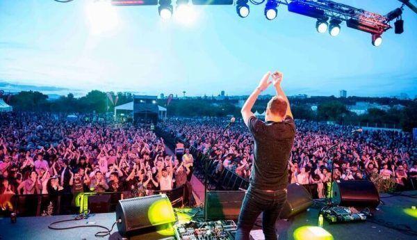 outdoor concert festival