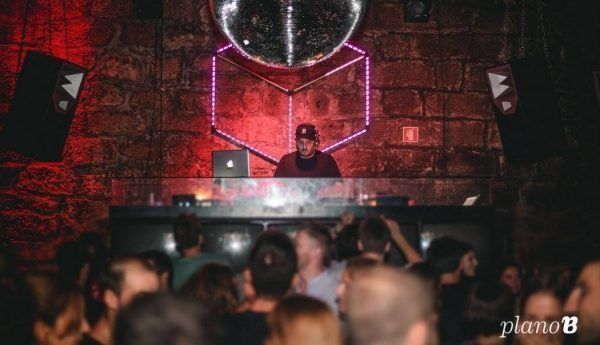 discotecas en Oporto plano b