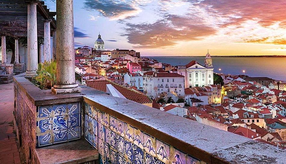 best lisbon viewpoints miradouro
